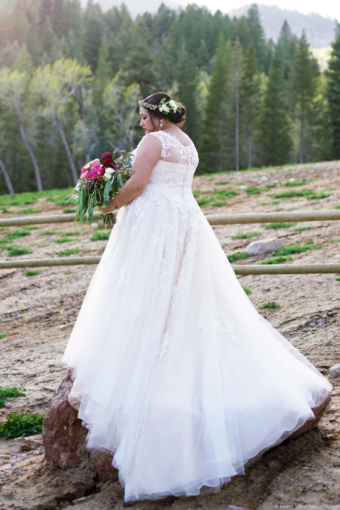 Tibblefork_Bridal_Session_Utah_Wedding_Photographer_0013.jpg