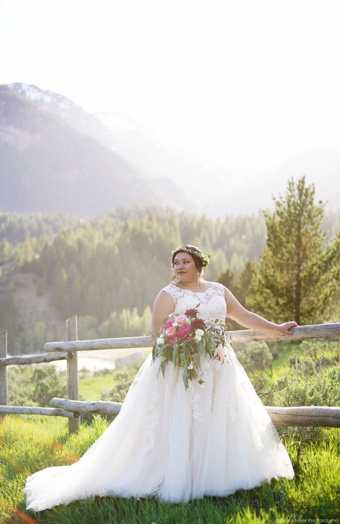 Tibblefork_Bridal_Session_Utah_Wedding_Photographer_0017.jpg