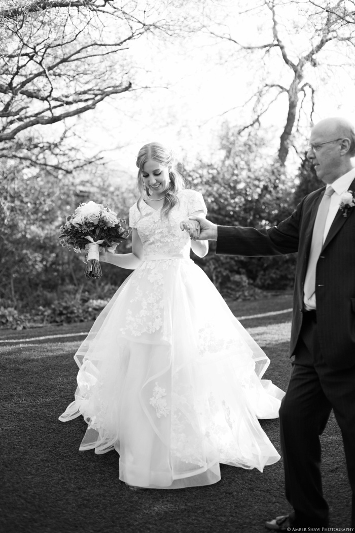 Mount_Timpanogos_Heritage_Gardens_Wedding_Utah_Wedding_Photographer_0024.jpg