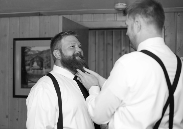 Silver_Fork_Lodge_Summer_Wedding_Utah_Photographer_0012.jpg
