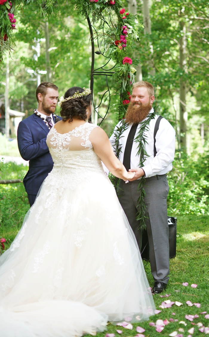 Silver_Fork_Lodge_Summer_Wedding_Utah_Photographer_0028.jpg