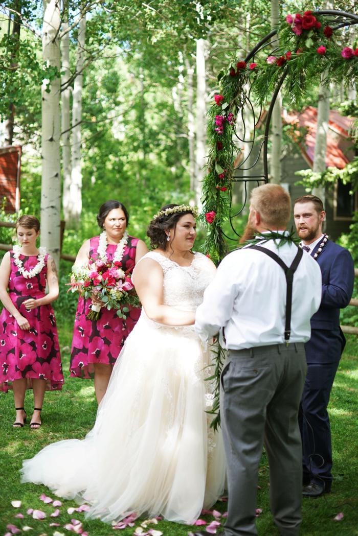 Silver_Fork_Lodge_Summer_Wedding_Utah_Photographer_0030.jpg