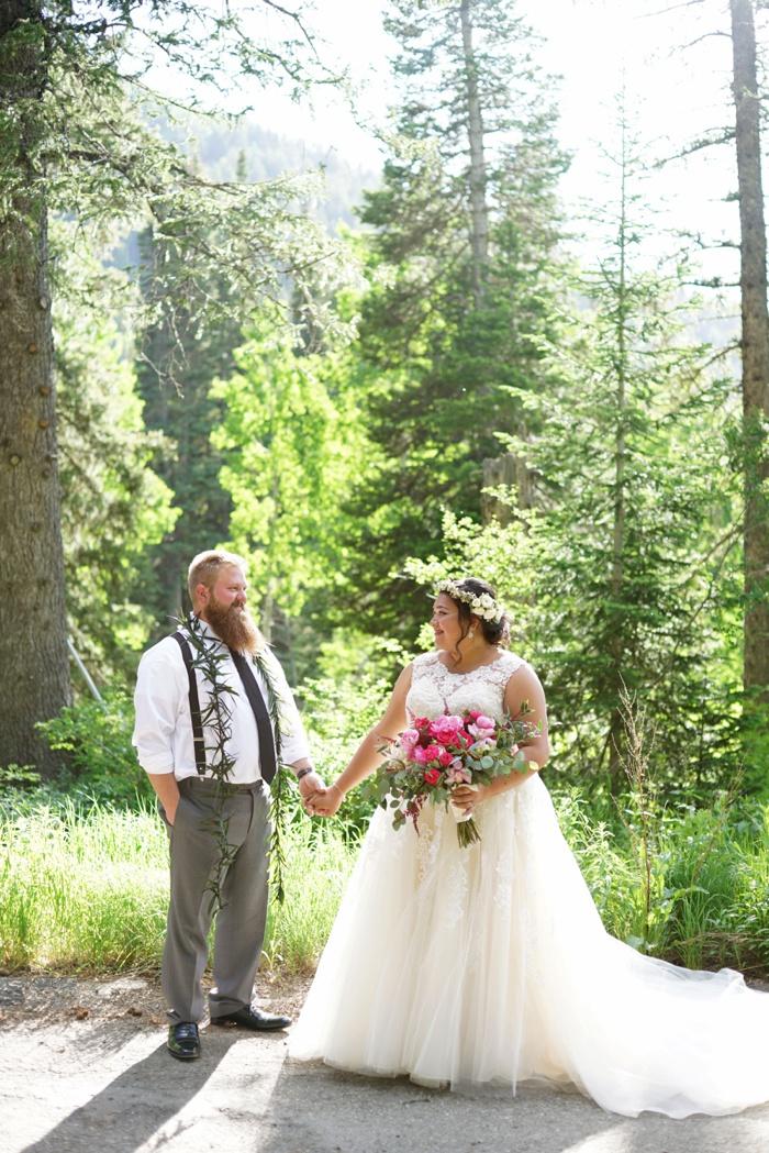 Silver_Fork_Lodge_Summer_Wedding_Utah_Photographer_0048.jpg