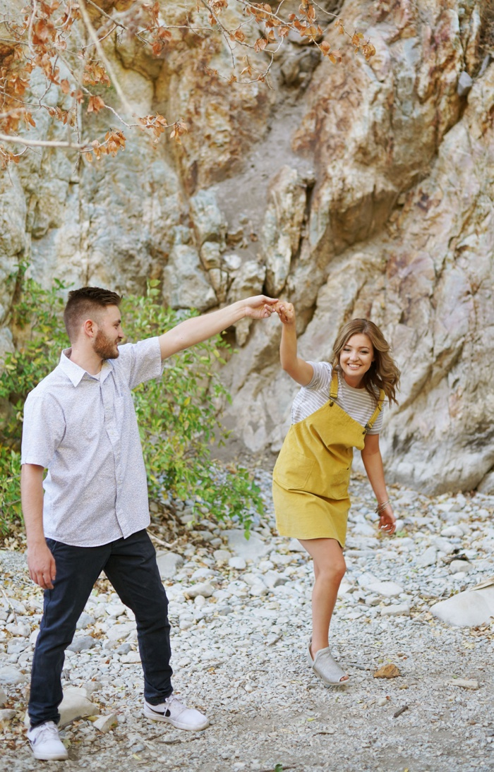 Provo_Mountain_Engagement_Session_Utah_Wedding_Photographer_0027.jpg