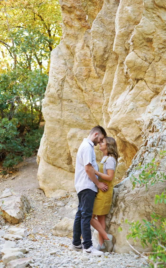 Provo_Mountain_Engagement_Session_Utah_Wedding_Photographer_0029.jpg