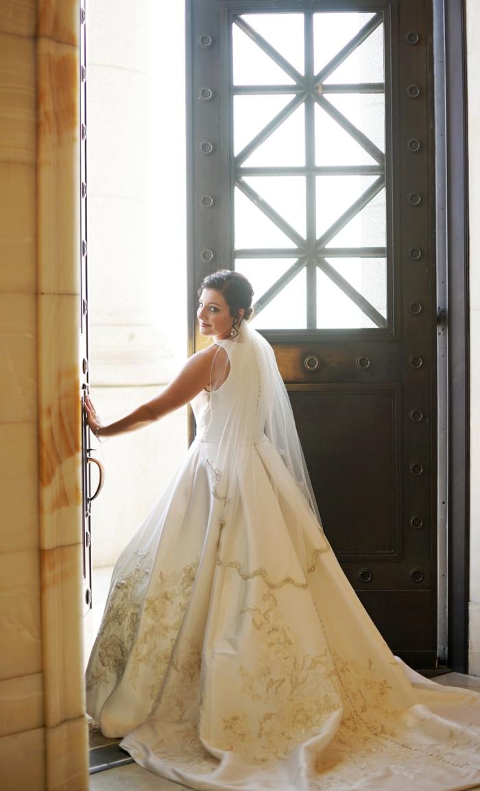 Utah_State_Capitol_Bridal_Session_Utah_Wedding_Photographer_0004.jpg