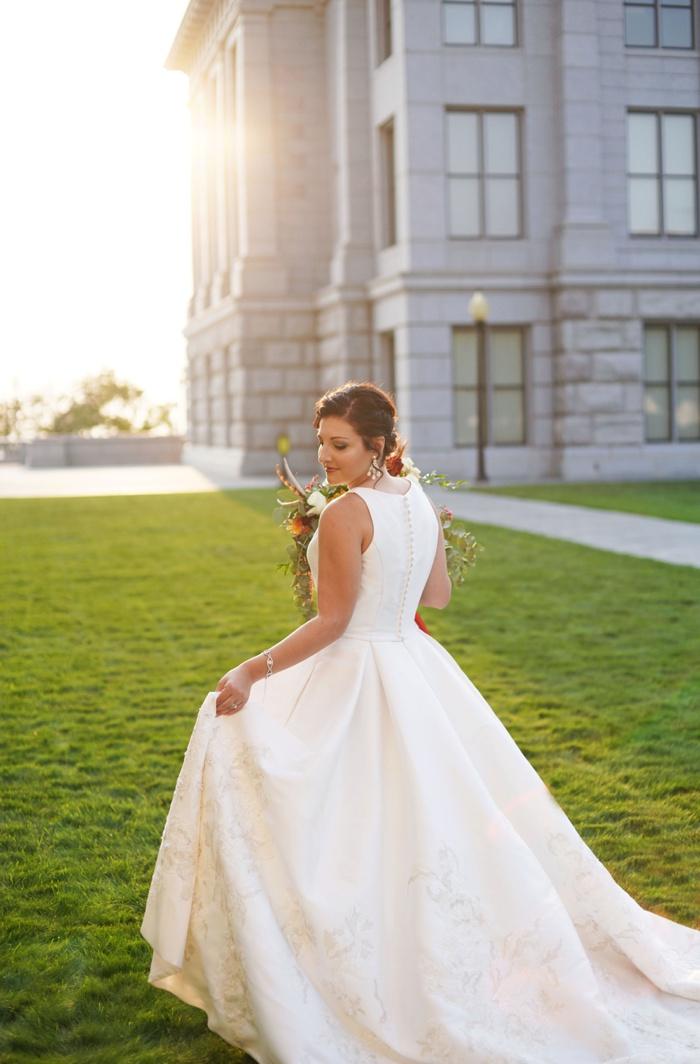 Utah_State_Capitol_Bridal_Session_Utah_Wedding_Photographer_0022.jpg