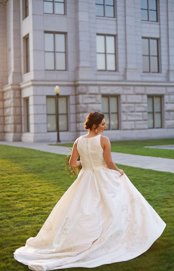 Utah_State_Capitol_Bridal_Session_Utah_Wedding_Photographer_0024.jpg
