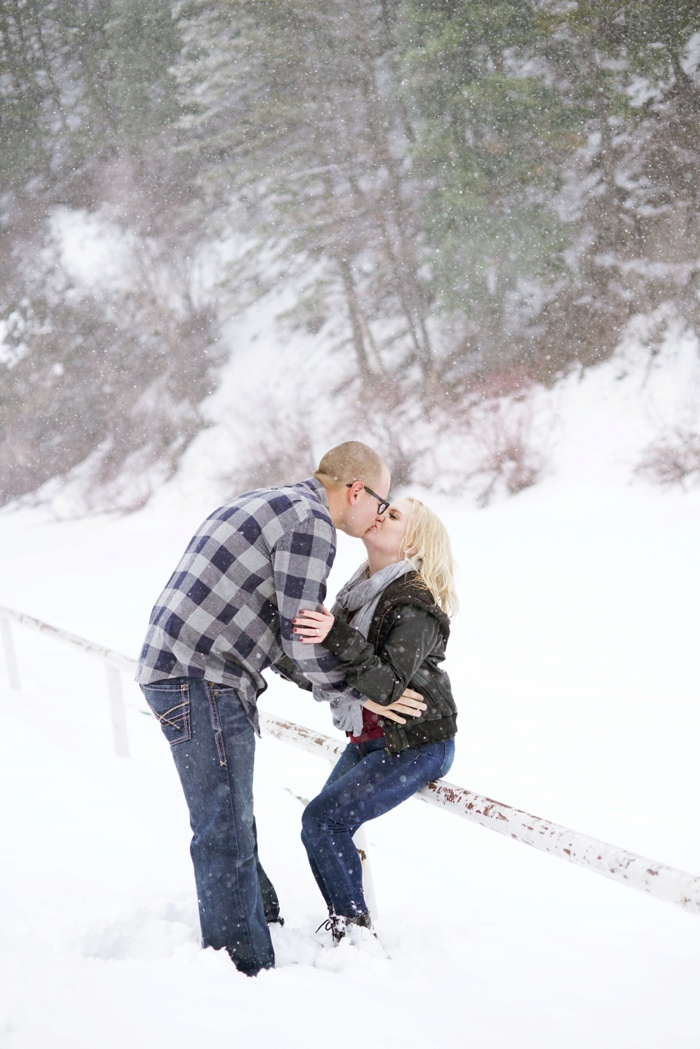 Snowy_Provo_Engagement_Utah_Wedding_Photographer_0026.jpg