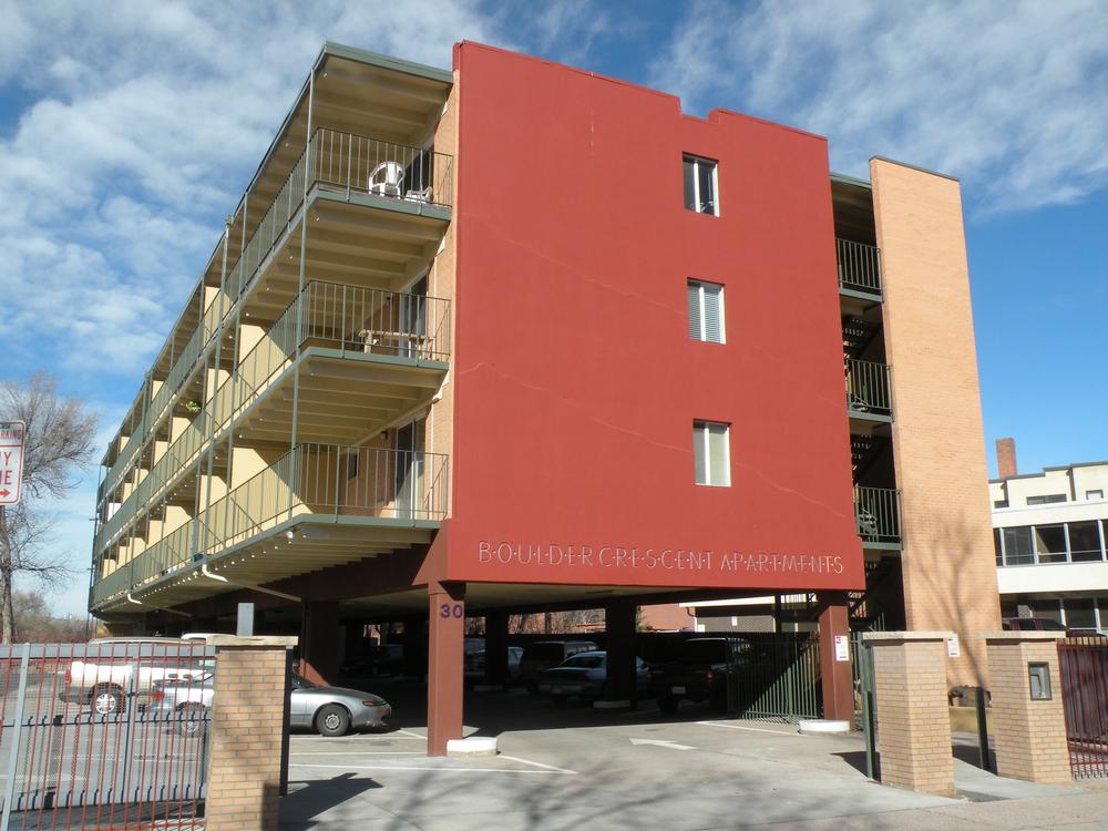 Boulder Crescent-CoSpgs-paint-colors-exterior.jpg