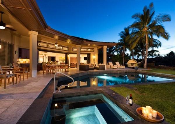 Pakui-Street-Hualalai-Resort-600x428.jpg