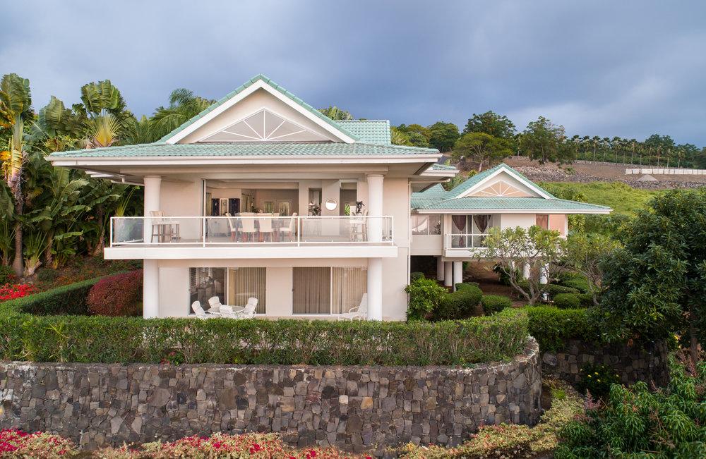 Mphotoi-Hawaii Life-Kaumalumalu-023.jpg
