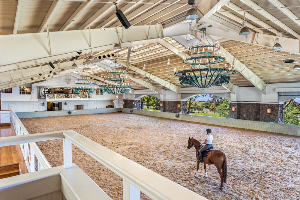 An indoor equestrian arena is the main key feature of this Kohala Estate. ( MLS #609426 )