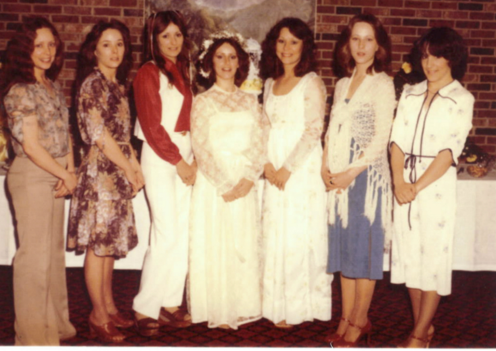 My sisters - shelley wedding.jpg