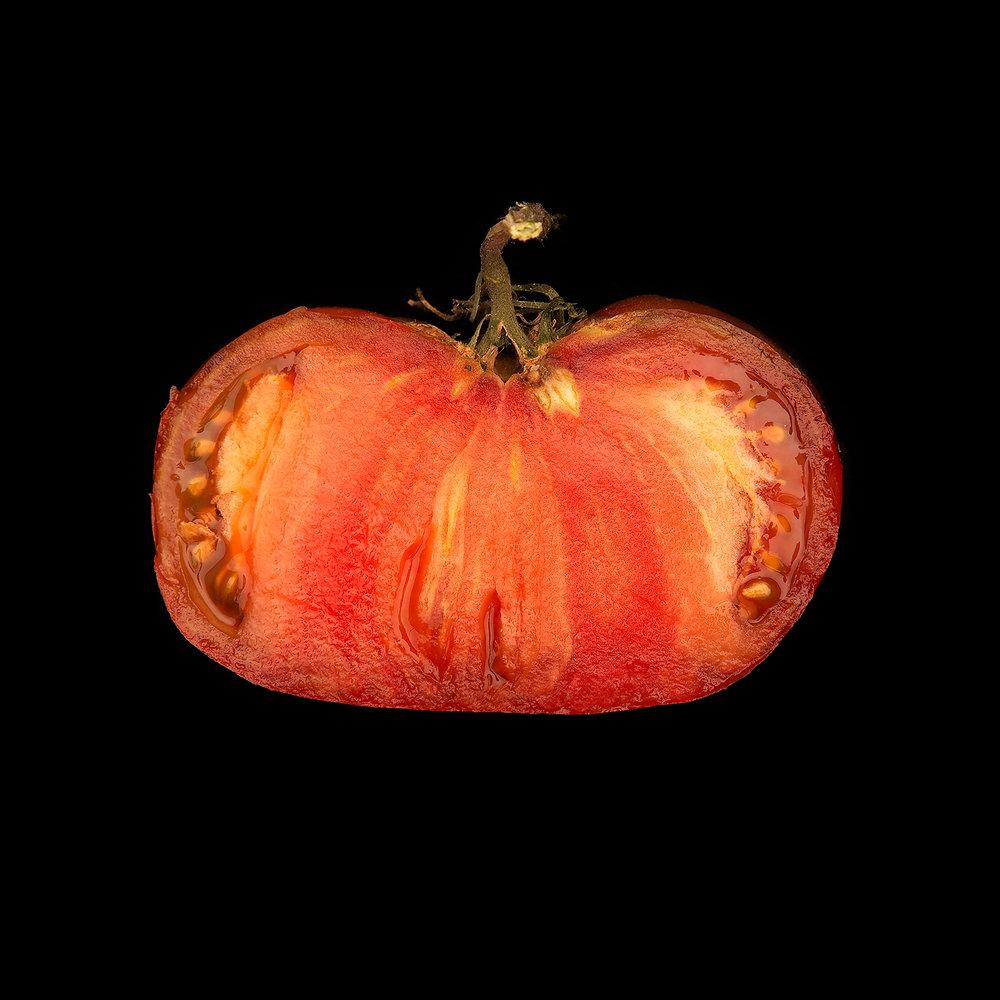 TOMATO-HEIRLOOM-ORGANIC-FOOD-FRUIT-©-JONATHAN-R.-BECKERMAN-PHOTOGRAPHY.jpg