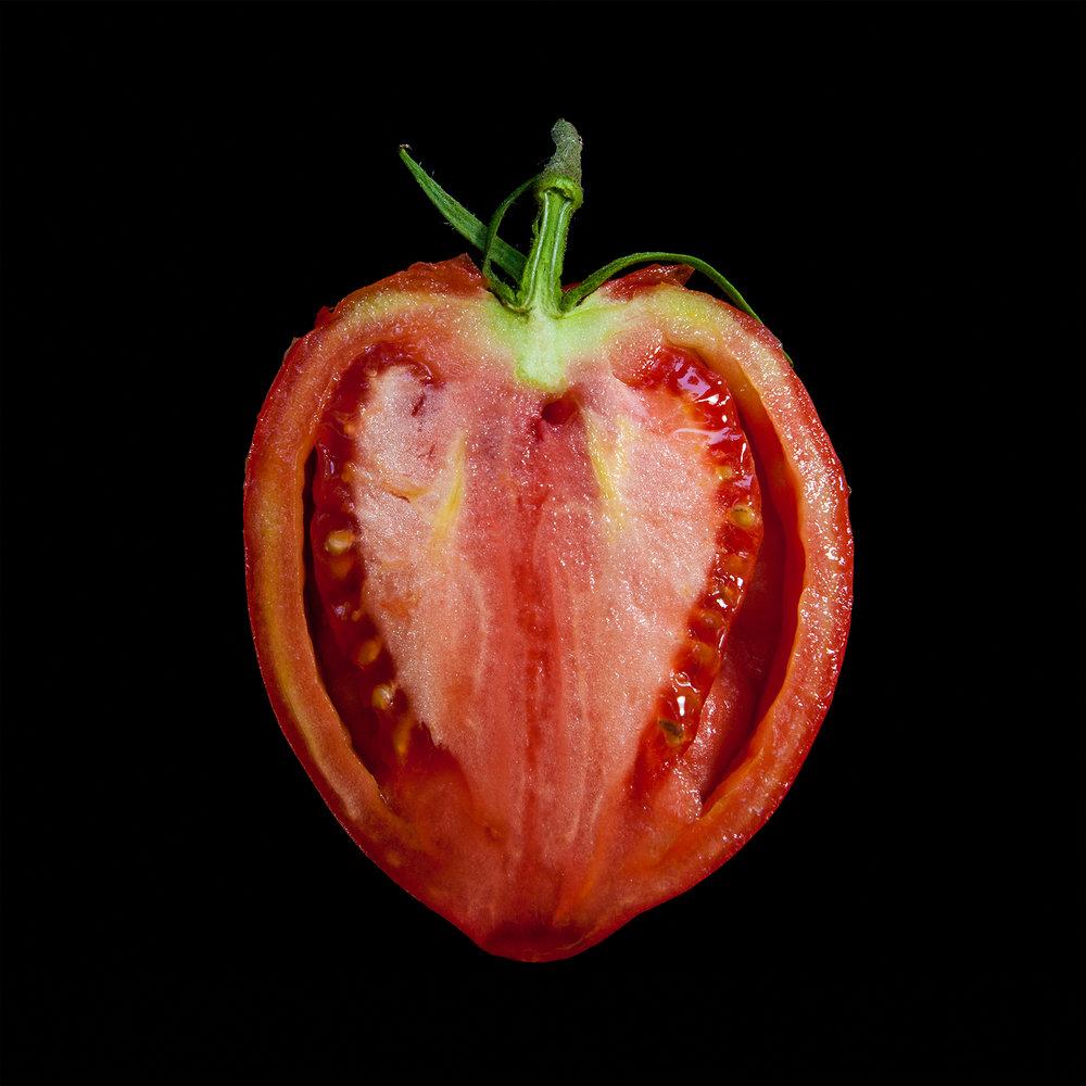 TOMATO-ROMA-HALVED-RED-ORGANIC-FRUIT-©-JONATHAN-R.-BECKERMAN-PHOTOGRAPHY-60.jpg
