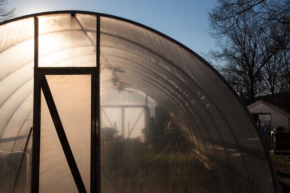 GREENHOUSE-WILTSHIRE-FARM-CT-©-JONATHAN-R.-BECKERMAN-PHOTOGRAPHY_040612.jpg