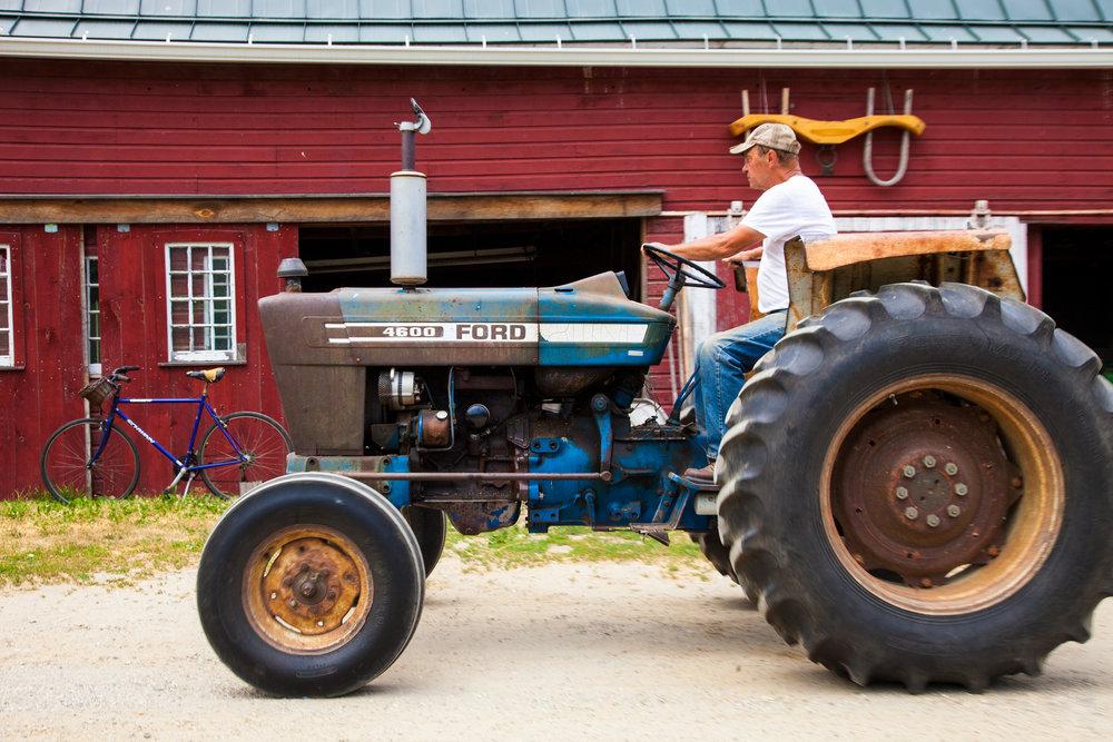 TRACTOR--02-STONEWALL-DAIRY-FARM-2016-©-JONATHAN-R.-BECKERMAN-PHOTOGRAPHY-71.jpg