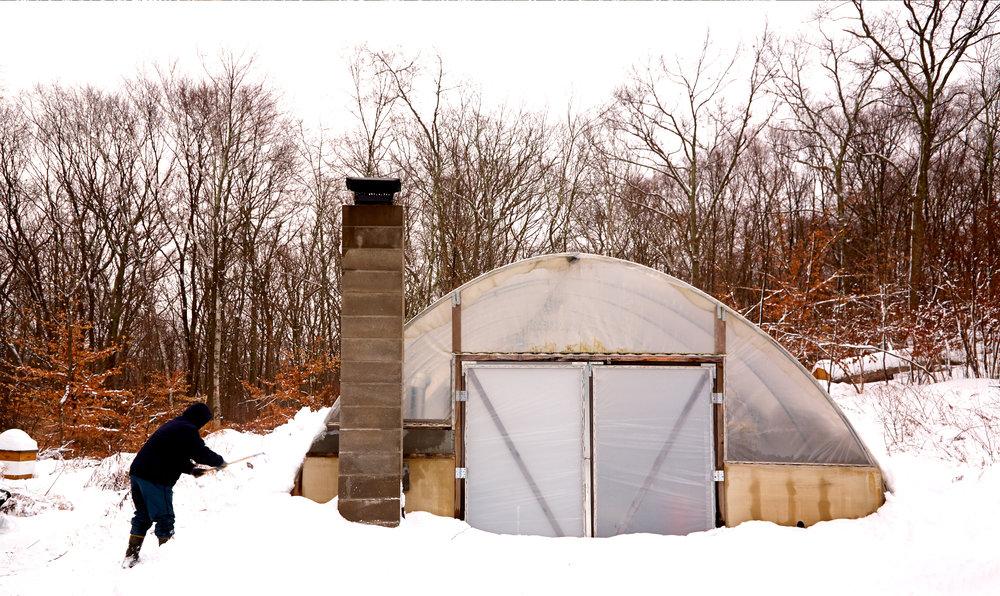 WILTSHIRE-FARM-SNOW-GREENHOUSE-LANDSCAPE-©-JONATHAN-R.-BECKERMAN-PHOTOGRAPHY.jpg