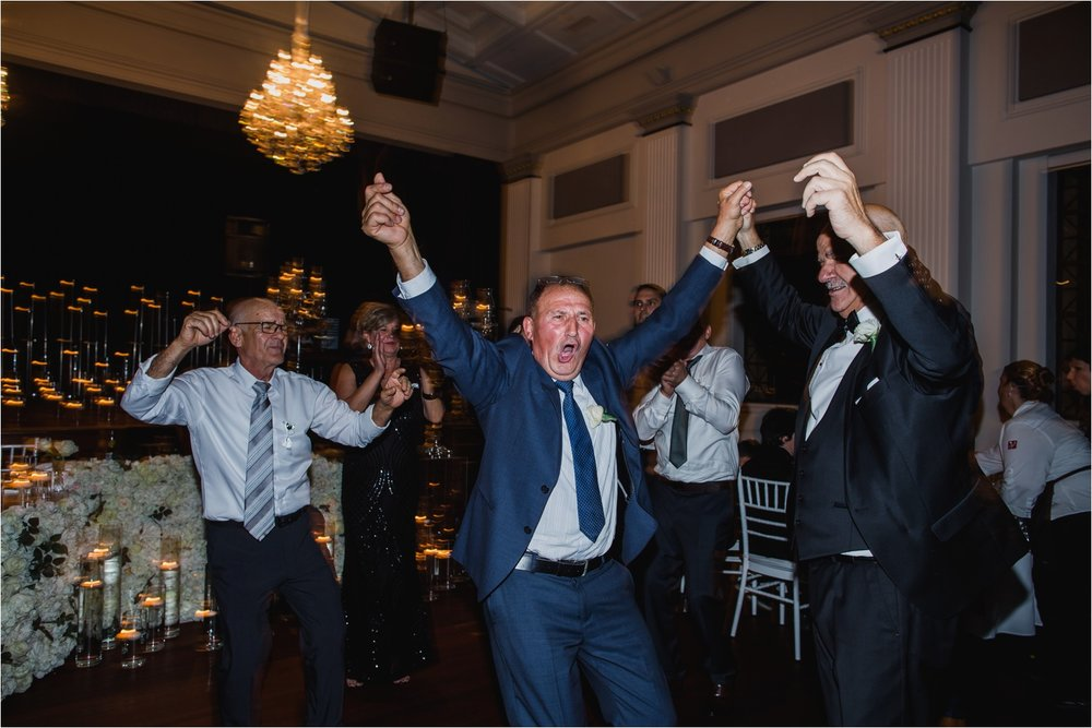 Brisbane_Wedding_Photography-City_Hall_Wedding_85.jpg