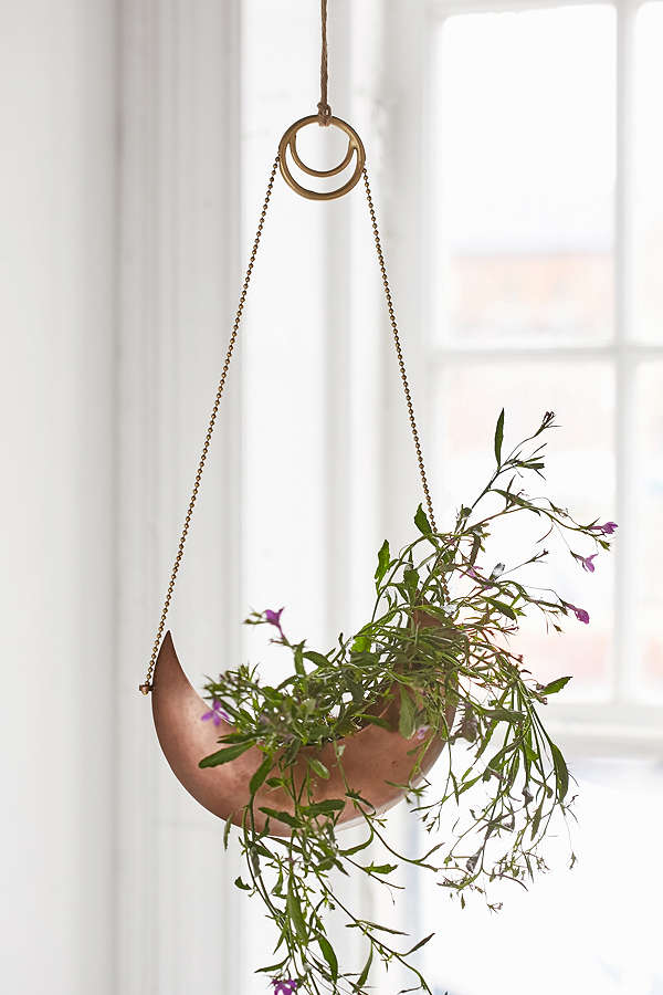 urban outfitters magical thinking crescent hanging planter