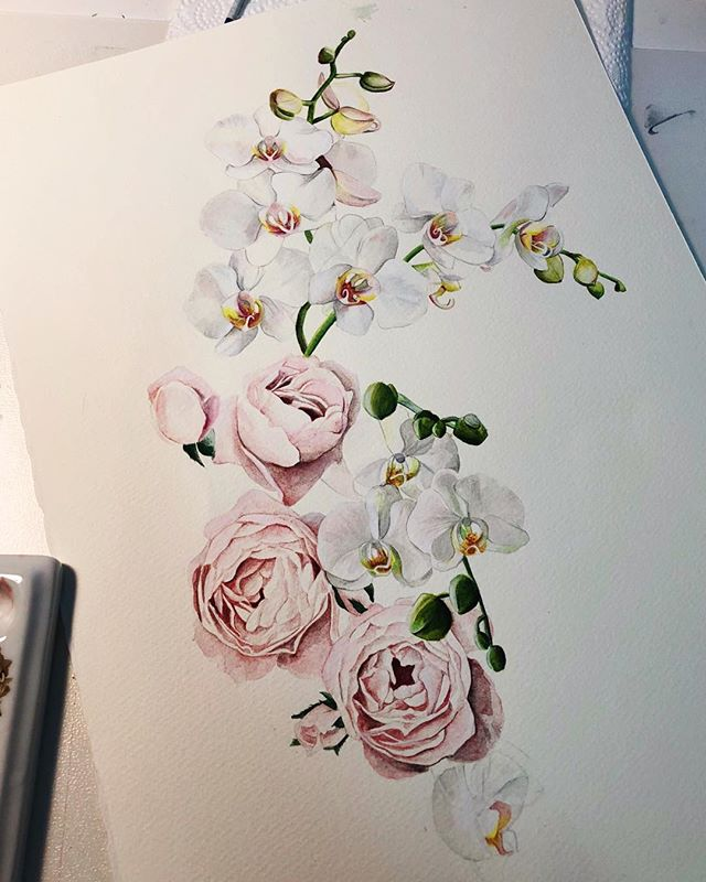 A little illustration I was working on for an invitation suite. It's such fresh and modern wedding concept, I can't wait to share it! I was a bit nervous to do orchids because they are so detailed and delicate but I love a challenge! 🌿