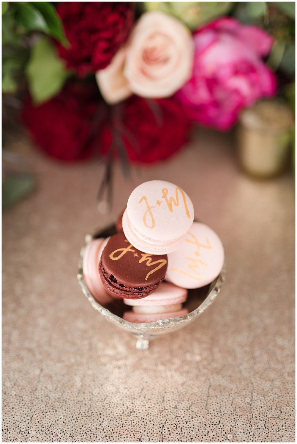 personalized food how this year's trends will elevate your wedding photos from sincerely pete and emily alyssa photography