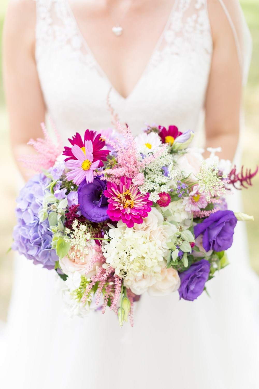 brett denfeld sincerely pete virginia wedding photographer wildflower wedding bouquet