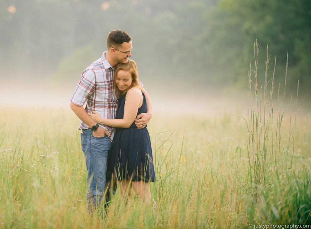 maryland-photographer-engagement-session-justy-photography-on-sincerely-pete-stone-tower-winery-wedding-planner