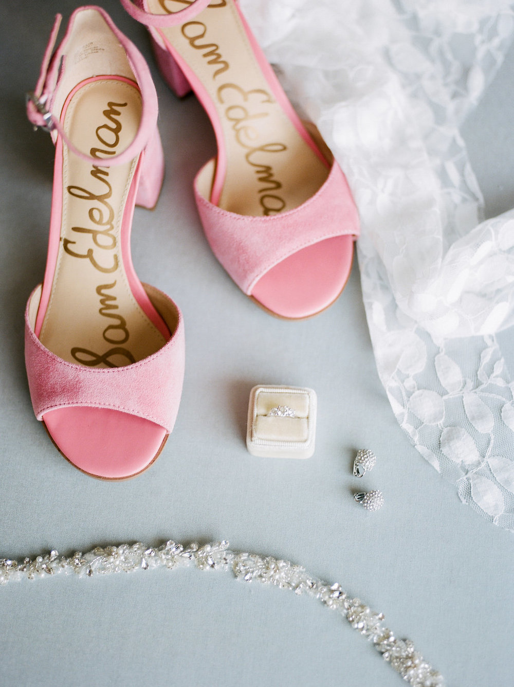 Longview Gallery Wedding Washington DC Lissa Ryan Photography Sincerely Pete Events Pink Wedding Shoes