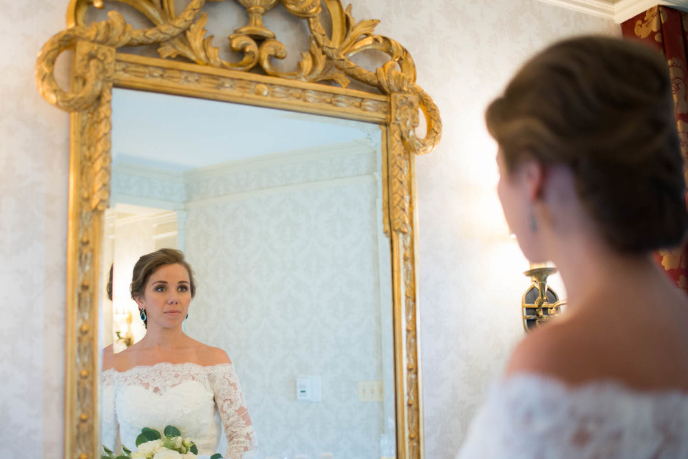Washington DC Wedding - Sincerely Pete Events - Erin Tetterton Photography - Bride Looking in Mirror
