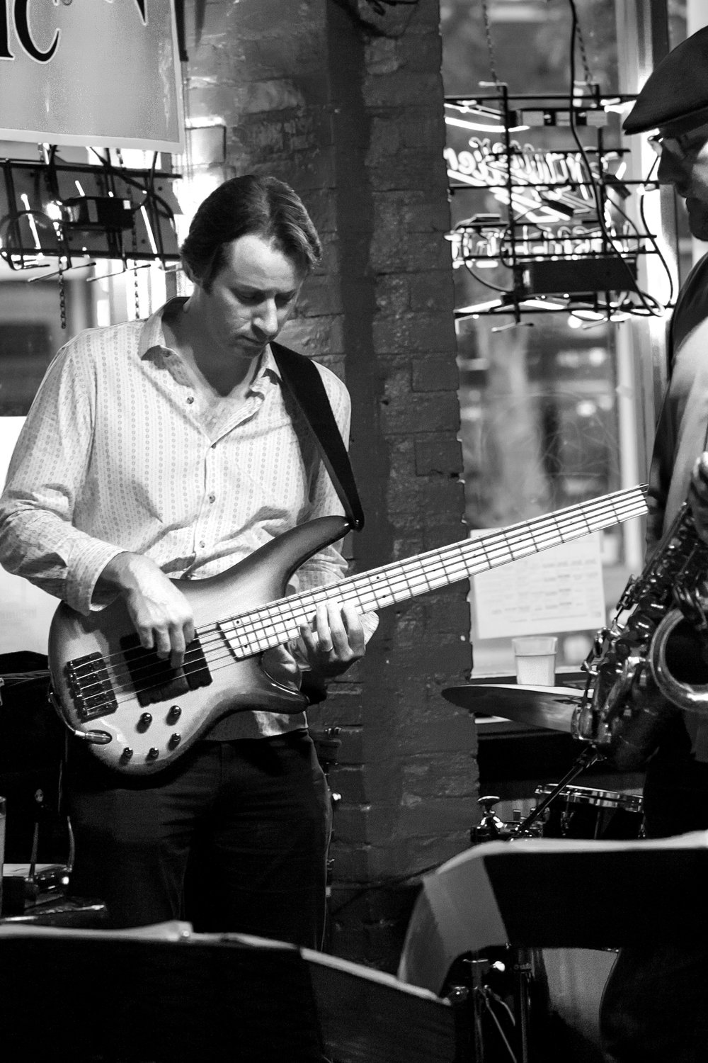 _DSC4843 VELOCITY at Bourbon Bar bw guitar.jpg