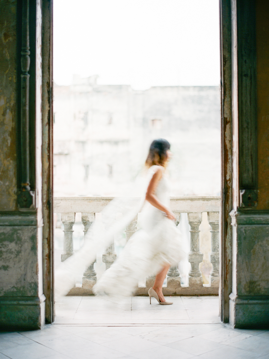 Cuba Wedding Inspiration Mark Andrew Studios-2.jpg