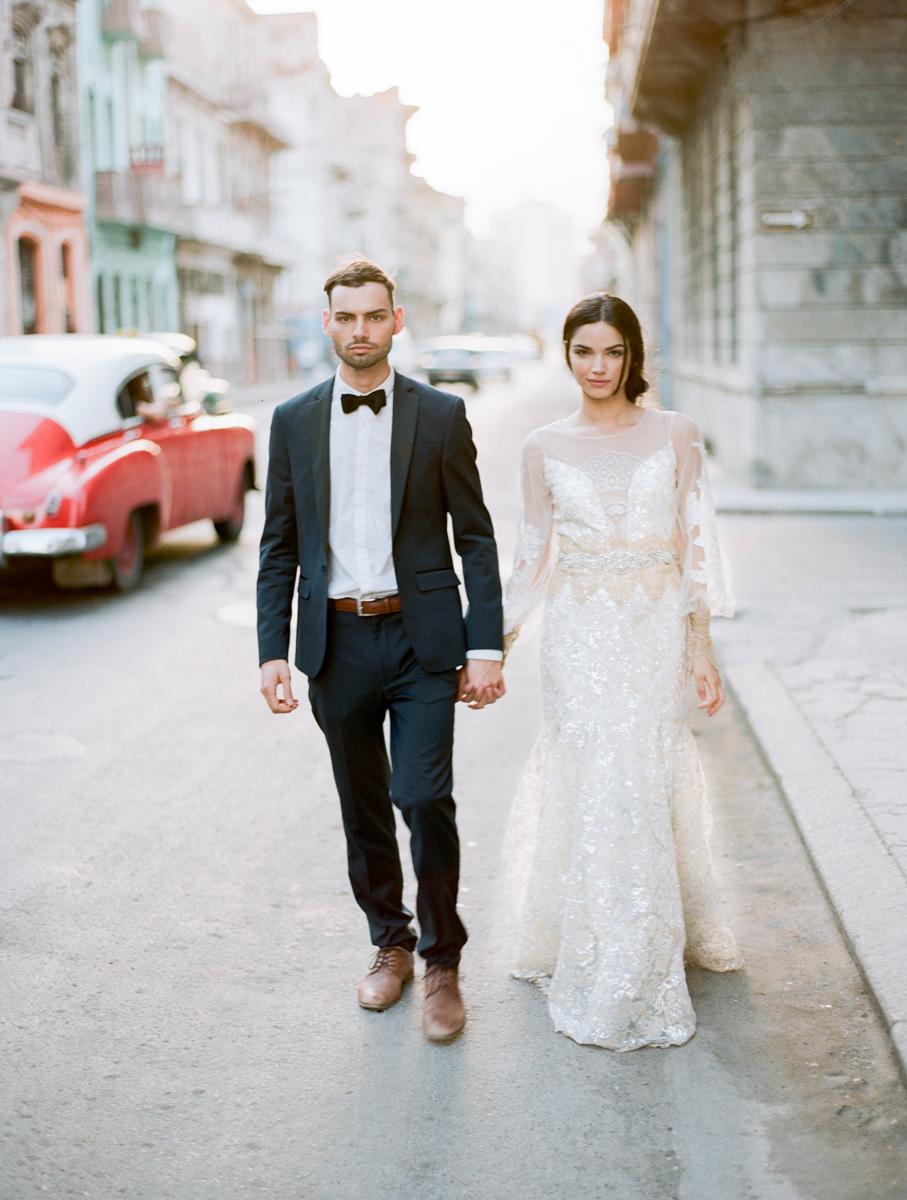 Cuba Wedding Inspiration Mark Andrew Studios-7.jpg