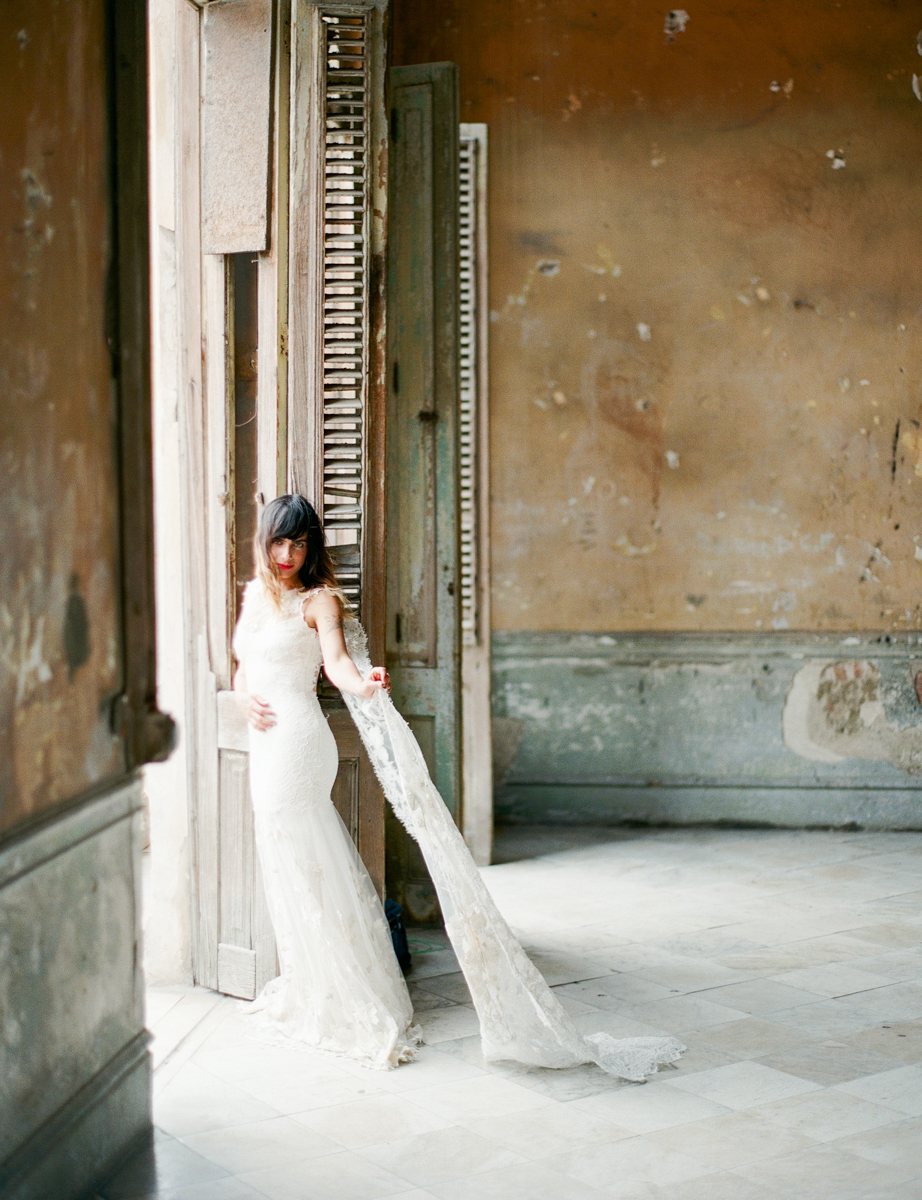 Cuba Wedding Inspiration Mark Andrew Studios-9.jpg