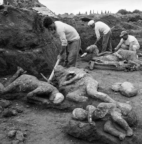 These bodies were preserved for almost 2,000 years in the ash and lava. Crazy, right?