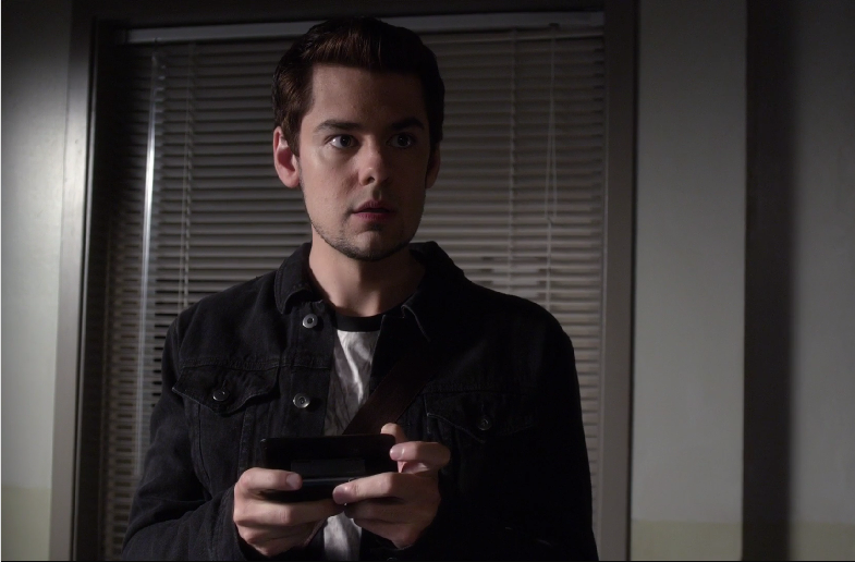 pll taking this one to the grave 11