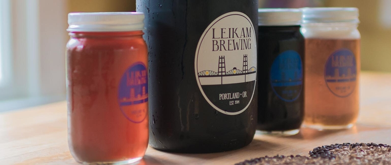 Beer Lover's Package #1 - Tasting for up to 10 people, 3 Crowlers and a T-shirt, all from Leikam Brewing!