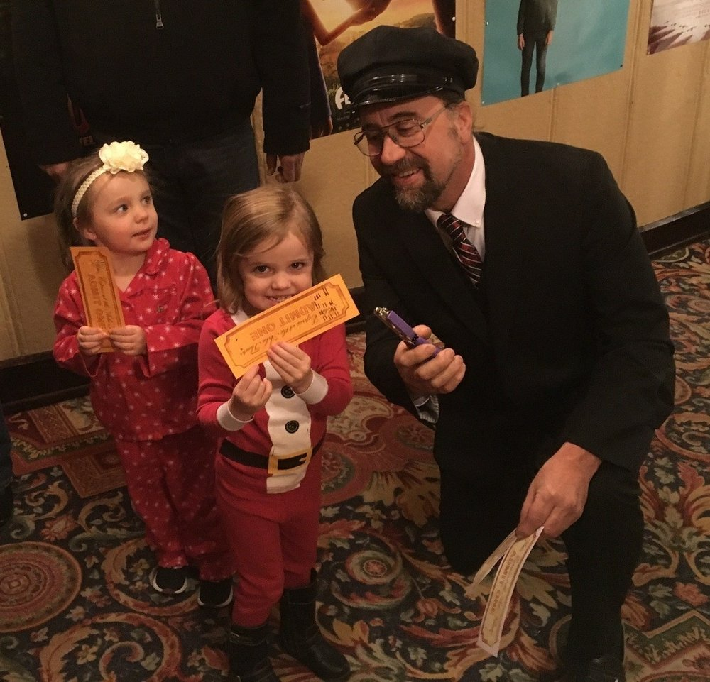 All Aboard the Polar Express! - Don your pajamas, slippers and housecoats and make the short trip to Mason City's historic Arlee Theater to experience the magic of the Polar Express. Admission to this event includes cookies and cocoa before a viewing of the 2004 computer-animated fantasy film The Polar Express, based off the 1985 Chris Van Allsburg book by the same name.After the screening, enjoy a visit with Old Saint Nick himself, plus other Polar Express characters and a small souvenir from the event. Admission to The Polar Express Experience costs $10 at the door, and discounted children's tickets can be purchased in advance for $7.
