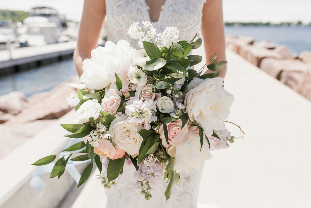 Gavyn-Taylor-Photo_Donald-Carol-Kress_Pavilion-Egg-Harbor-Wisconsin_wedding (86 of 165).jpg