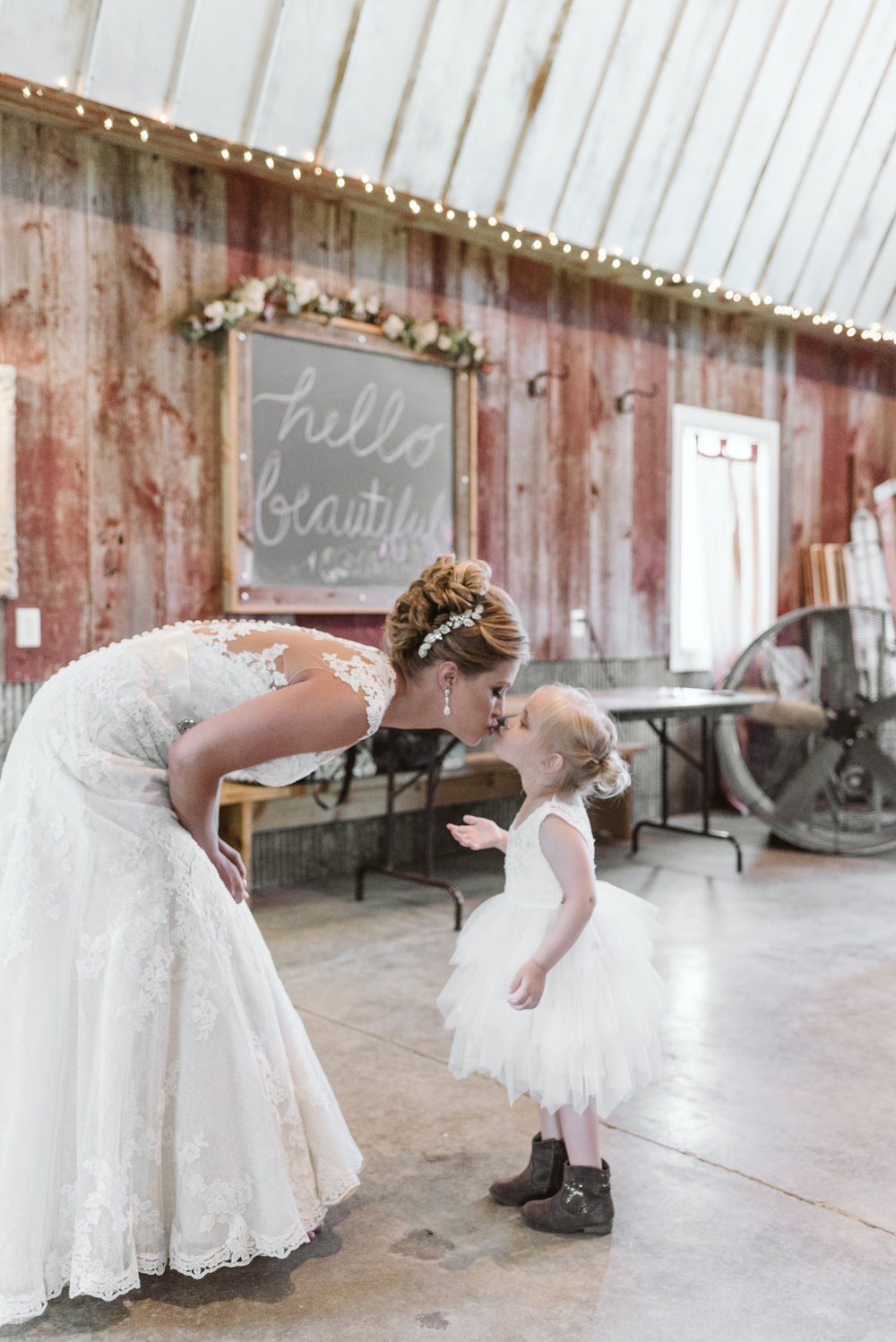 Busy-Barns-Adventure-Farm_Wedding _Fort_atkinson_Wisconsin-Gavyn-Taylor-Photo (35 of 188).jpg