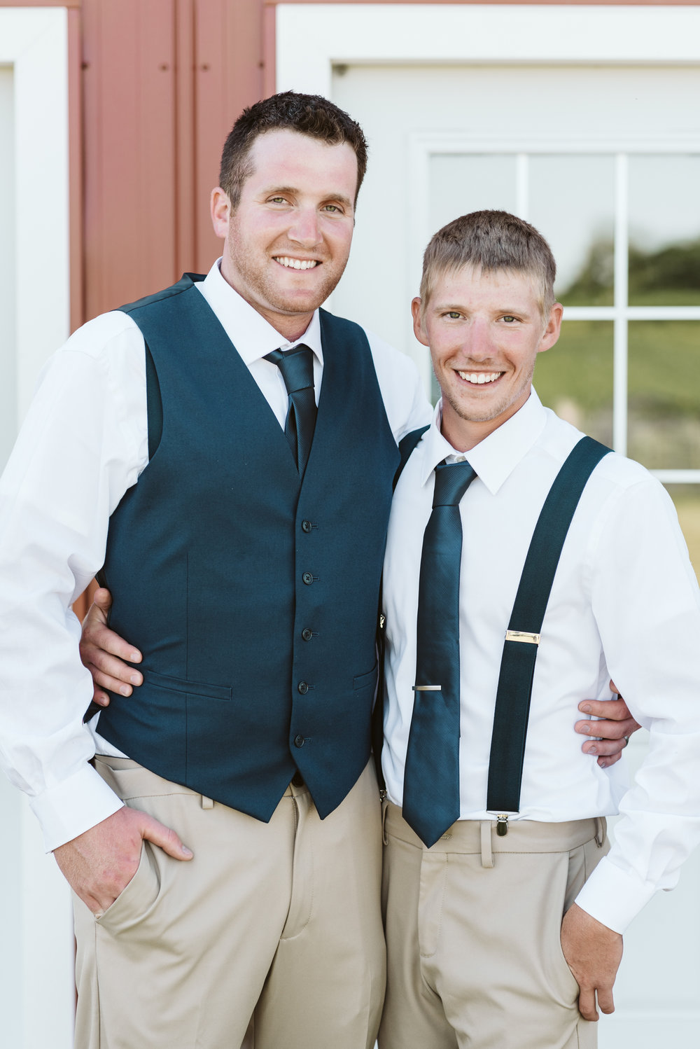 Busy-Barns-Adventure-Farm_Wedding _Fort_atkinson_Wisconsin-Gavyn-Taylor-Photo (101 of 188).jpg