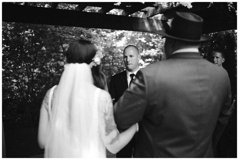 Samantha-McFarlen-PNW-Wedding-Photographer-Maroni-Meadows_1957.jpg