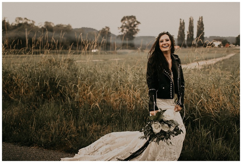 Samantha-McFarlen-PNW-Wedding-Photographer-Maroni-Meadows_1967.jpg