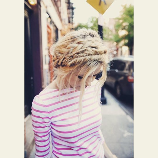The #crown #braid that if you haven't tried. Do it now #braid #welovehair #myhairstyle #lovebraids #chic #style #fashion #blondie #frenchies #instagram #followme #follow