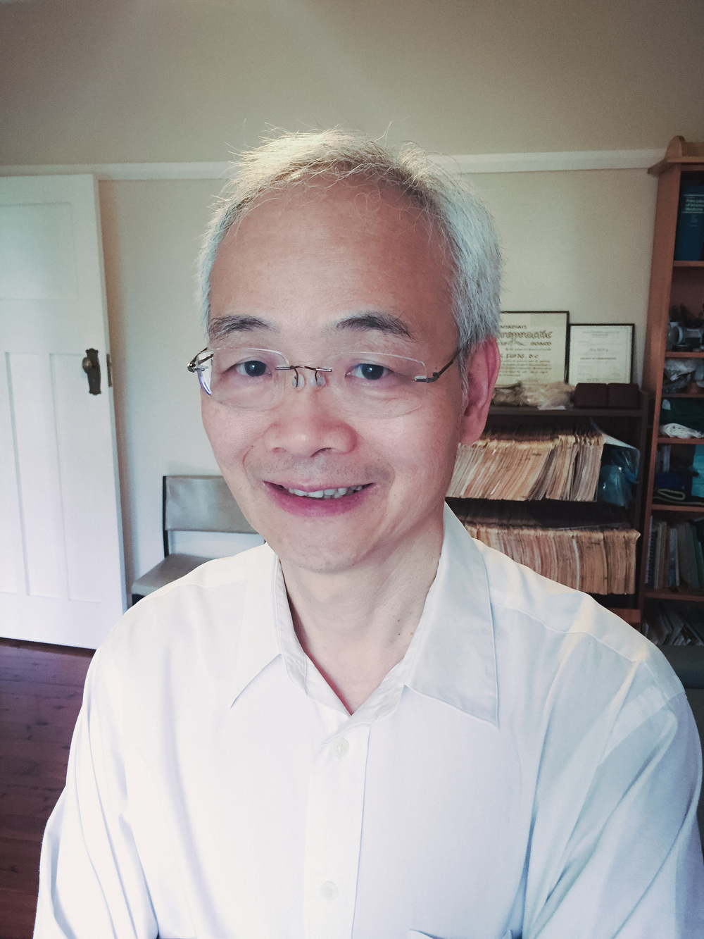 Dr Chi Fung, Chiropractor
