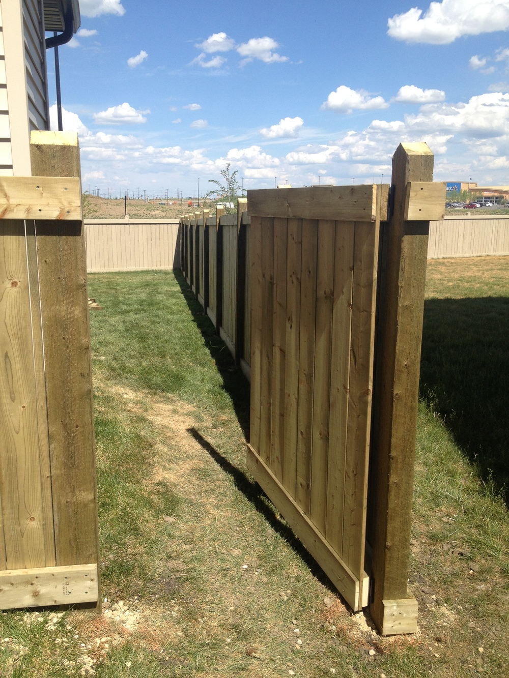 Exterior Projects - Walker Lakes Fence
