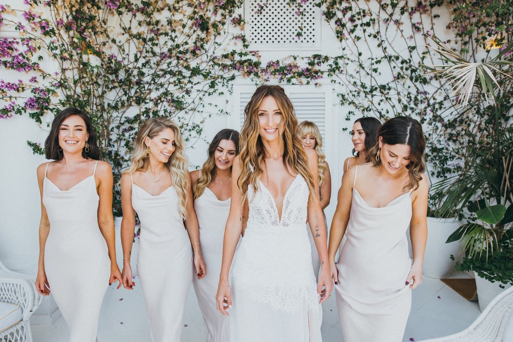 Amanda & Bridesmaids // Photo: Varga Murphy