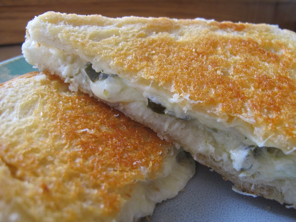 jalapeno grilled cheese sandwich