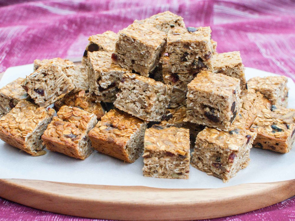 Oatmeal Fruit-Nut Bars